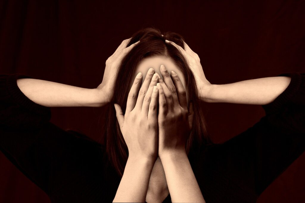 Migraine Headache – Symptoms and Causes – What Causes Migraines?